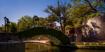 Nomad Photography shoots Leica M240 and 21mm SuperElmar lens at The RiverWalk - La Villita - San Antonia - Texas USA